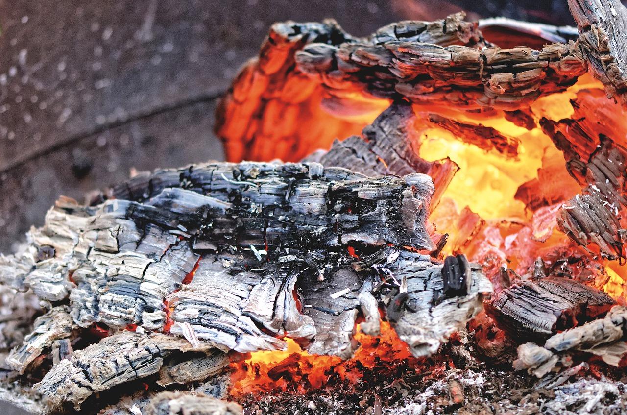 Asche Feuer Glut